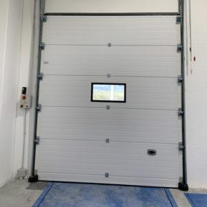 porta sezionale industriale vista retro