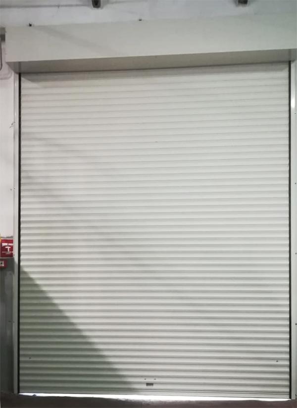 Serrande Avvolgibili Palermo.Serrande Coibentate Avvolgibili In Alluminio E Acciaio